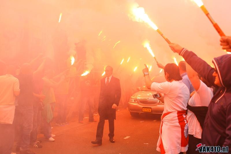 Photos Pyrotechnie (Torches, Pots à Fumée...) - Page 27 45